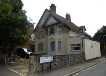 Thumbnail 2 bed flat to rent in Blenheim Road, Raynes Park