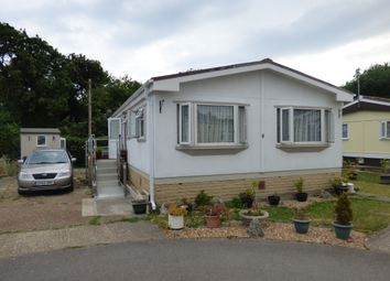Thumbnail 2 bed mobile/park home for sale in Harbour View Park, Rope Walk, Littlehampton