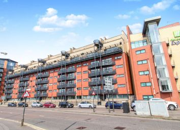 Thumbnail 2 bedroom flat for sale in 130 Clyde Street, Glasgow