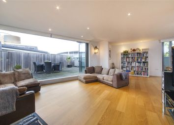 Thumbnail 3 bed flat for sale in Hornsey Road, Holloway, London