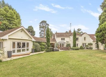 Aldenham Road, Letchmore Heath, Watford WD25. 6 bed detached house