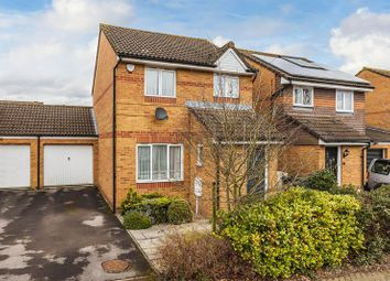 Thumbnail 3 bed detached house to rent in Cygnets Close, Redhill
