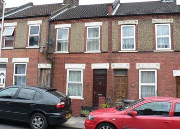 Thumbnail 2 bed property to rent in St Peters Road, Luton, Bedfordshire