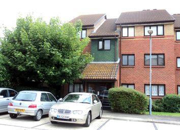 Bernards Close, Ilford IG6. 2 bed flat