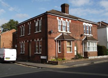 Thumbnail 1 bed flat to rent in Cromwell Road, Southampton