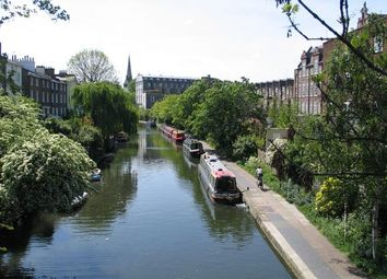 Thumbnail 1 bed flat to rent in Islington Square, London