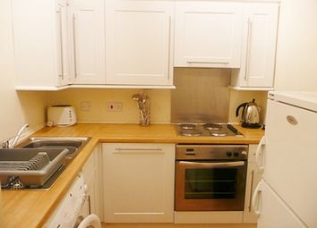 Thumbnail 3 bed flat to rent in Buccleuch Terrace, Newington, Edinburgh
