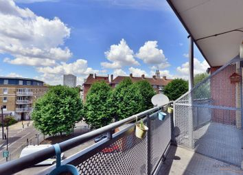 Thumbnail 1 bed flat to rent in Rich Street, Limehouse