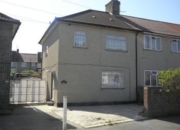 Thumbnail 3 bed terraced house to rent in Roundtable Road, Bromley