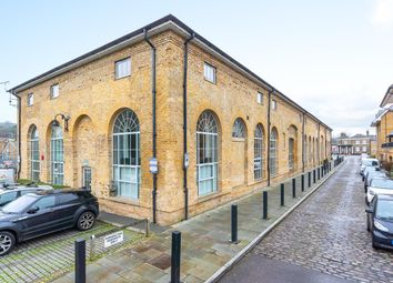 2 bed property for sale in The Carriages, Ware SG12