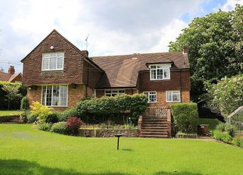 Thumbnail Detached house for sale in Riverview Road, Pangbourne, Reading
