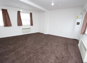 1 bed flat to rent in Coldharbour Lane, Hayes UB3