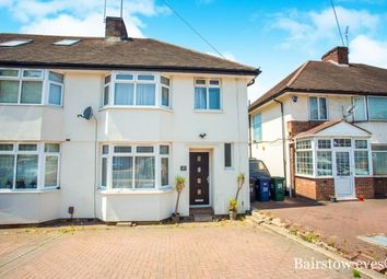 Thumbnail 3 bed property to rent in Selbourne Gardens, Hendon