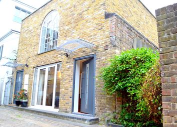 Thumbnail 2 bed mews house to rent in Horse Yard, Essex Road, Islington, London