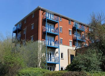 Thumbnail 2 bedroom flat to rent in Florin Drive, Rochester