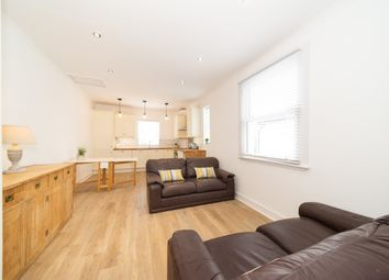 Thumbnail 3 bedroom flat to rent in Lysia Street, Fulham, London