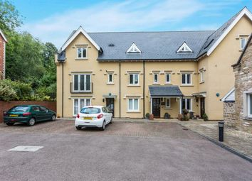 Thumbnail 2 bed flat to rent in Croftdown Court, Malvern