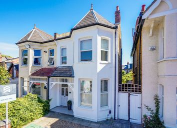 St Kilda Road, Ealing W13. 2 bed flat