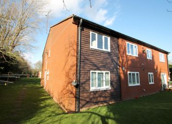 Thumbnail 2 bed flat to rent in Vesta Avenue, St.Albans
