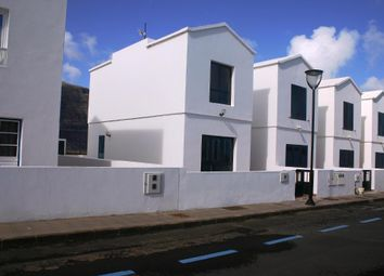 Thumbnail Town house for sale in Las Pardellas, Orzola, Lanzarote, 35541, Spain