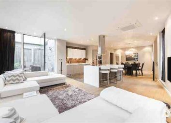 Thumbnail 2 bed flat for sale in Palace Street, London