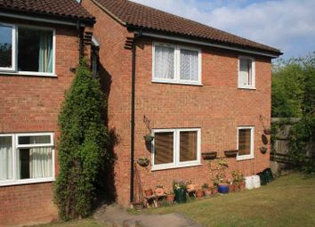 Thumbnail 2 bedroom flat for sale in Eaton Avenue, High Wycombe