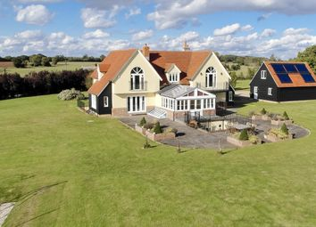 The Broadway, Dunmow CM6. 6 bed detached house