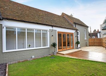Thumbnail 3 bed barn conversion to rent in Watermill Court, Bath Road, Woolhampton, Reading