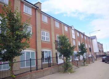 Thumbnail 2 bedroom flat for sale in Hesper Road, Colchester