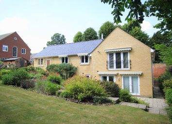 Thumbnail 3 bedroom detached house to rent in Kneesworth Street, Royston