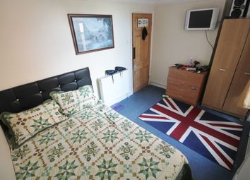Thumbnail 5 bed flat to rent in Tooting Bec Road, London
