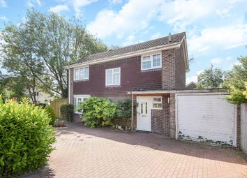 Thumbnail 3 bed detached house for sale in The Waverleys, Thatcham