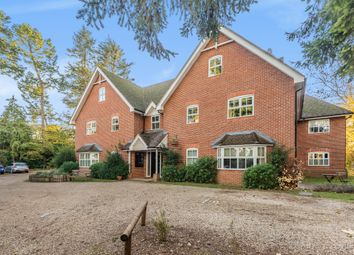 2 bed flat for sale in Boughton House, Green Lane, Henley-On-Thames RG9