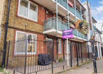 Thumbnail 1 bed flat for sale in Bermondsey Wall East, London