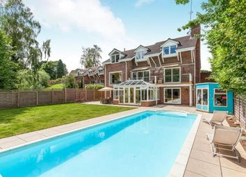 Thumbnail 1 bed detached house for sale in Hill House Close, Turners Hill, West Sussex, Nr Crawley