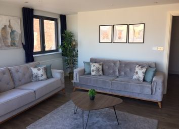 Thumbnail 3 bed flat to rent in Trafalgar Road, Greenwich, London