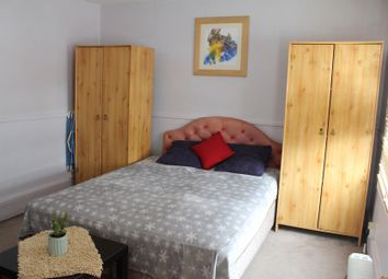 Room to rent in Trafalgar Road, London SE10