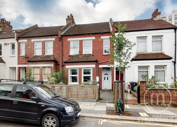 Crewys Road, London NW2. 2 bed flat