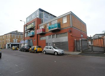 Thumbnail 2 bed flat to rent in West Green Road, Turnpike Lane, London