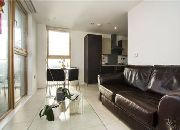1 bed flat to rent in Streamlight Tower, 9 Province Square, London E14