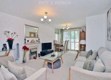 2 bed flat for sale in Oatlands Avenue, Weybridge KT13