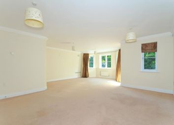 2 bed flat to rent in Finchampstead Road, Finchampstead, Wokingham RG40