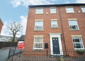 3 bed town house for sale in Rumbush Lane, Dickens Heath, Shirley, Solihull B90