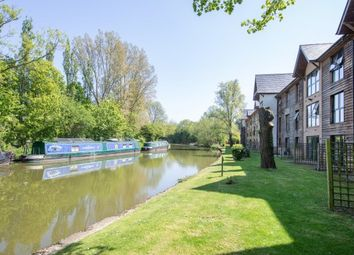 Thumbnail 1 bed flat to rent in Waterside House, Milton Keynes