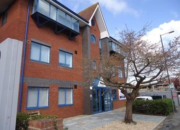Thumbnail Studio to rent in Brighton Road, Crawley