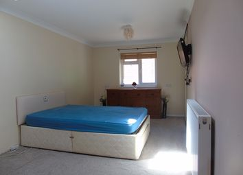 Thumbnail 1 bed flat to rent in Brickly Road, Luton