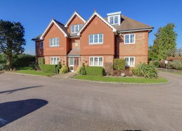Highdown Close, Banstead SM7. 2 bed flat for sale