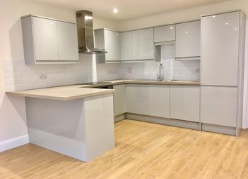 Thumbnail 2 bedroom flat to rent in Station Road, Chesham