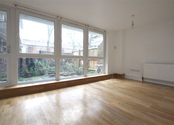 Thumbnail 3 bed town house to rent in Hornsey Road, Holloway