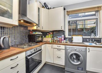 Thumbnail 2 bedroom flat to rent in Glasford Street, London